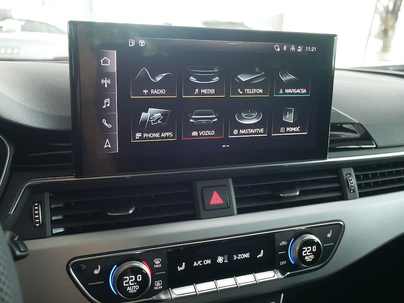 Audi A4 Avant 35 TDI S line S tronic - NOVI MODEL15