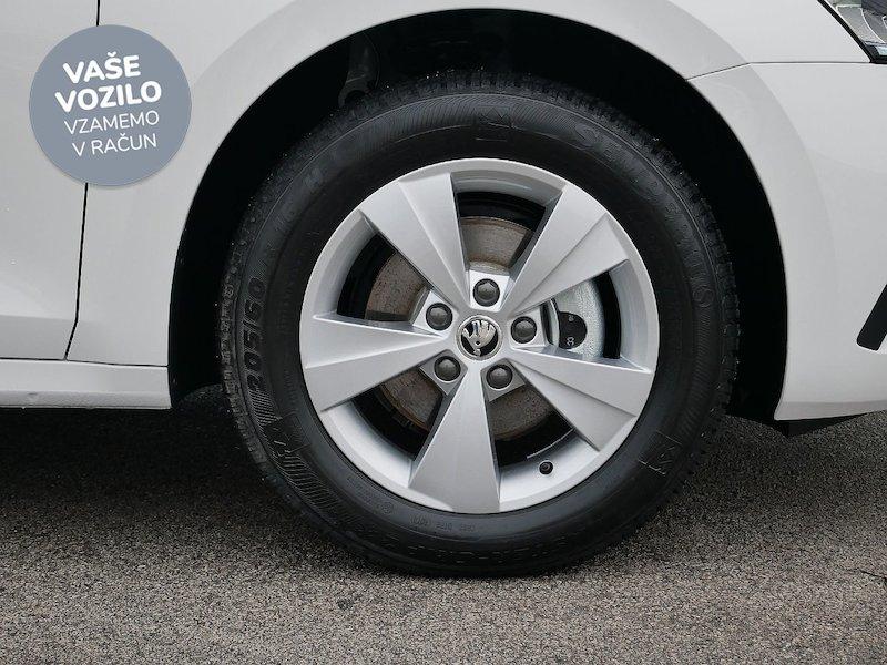 Škoda Octavia Combi 2.0 TDI Ambition - SLOVENSKO VOZILO7