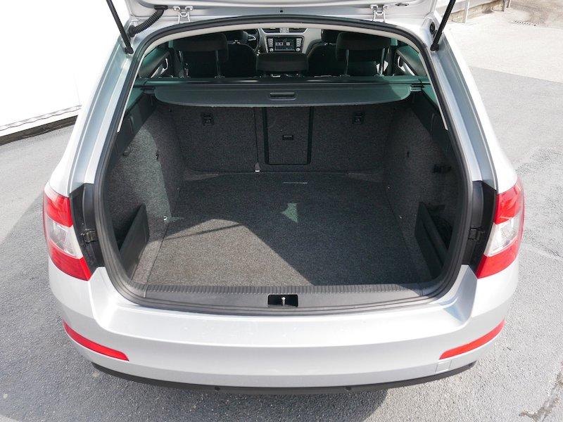 Škoda Octavia Combi 2.0 TDI Ambition - SLOVENSKO VOZILO10