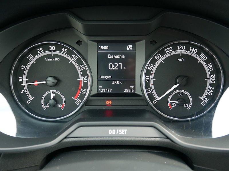 Škoda Octavia Combi 1.6 TDI Ambition - SLOVENSKO VOZILO15