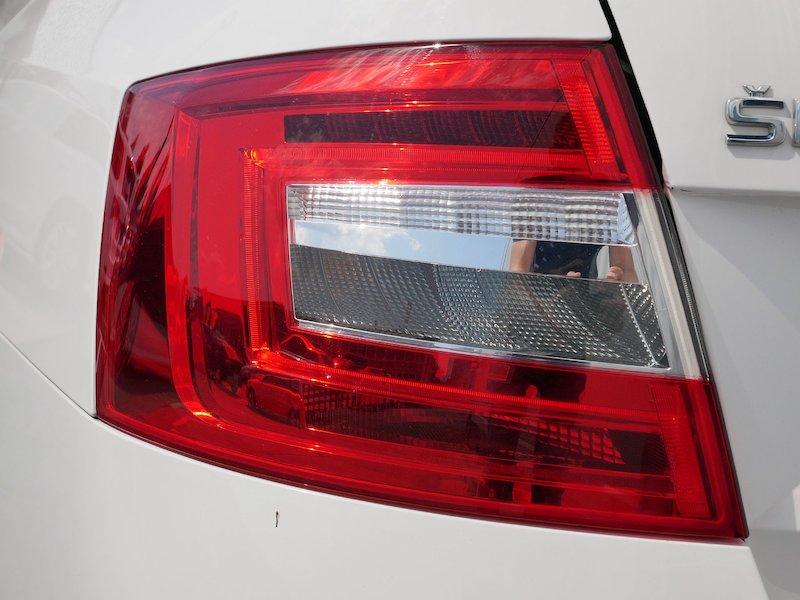 Škoda Octavia Combi 1.6 TDI Ambition - SLOVENSKO VOZILO18