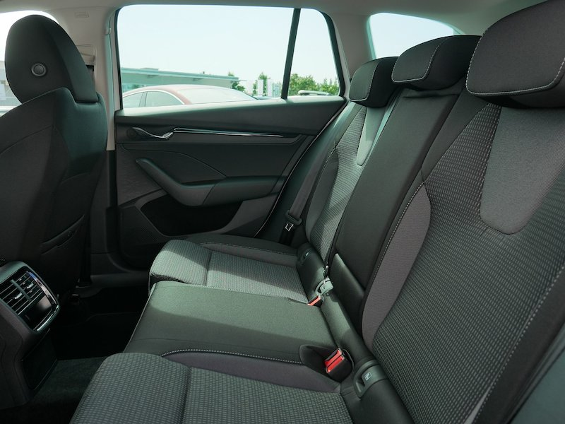 Škoda Octavia Combi 1.5 TSI Ambition - NOVI MODEL12