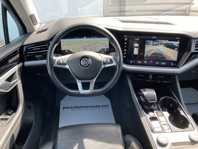 Volkswagen Touareg 4motion V6 TDI R-Line Tiptronic13