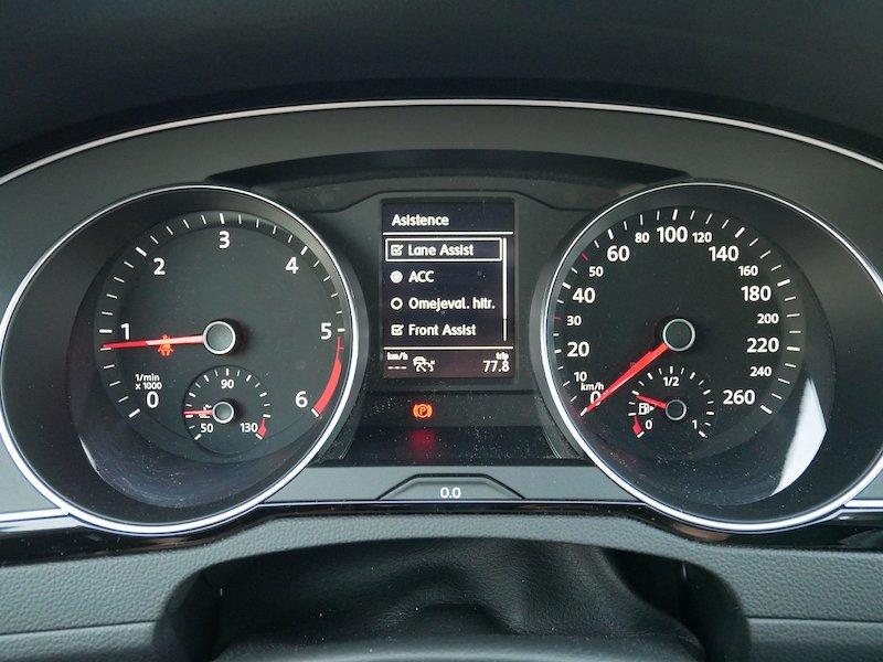 Volkswagen Passat 2.0 TDI BMT SCR Business - NOVI MODEL - SLO15