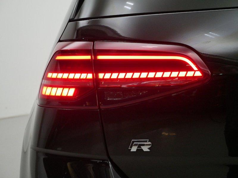 Volkswagen Golf 2.0 R 4motion BMT DSG18
