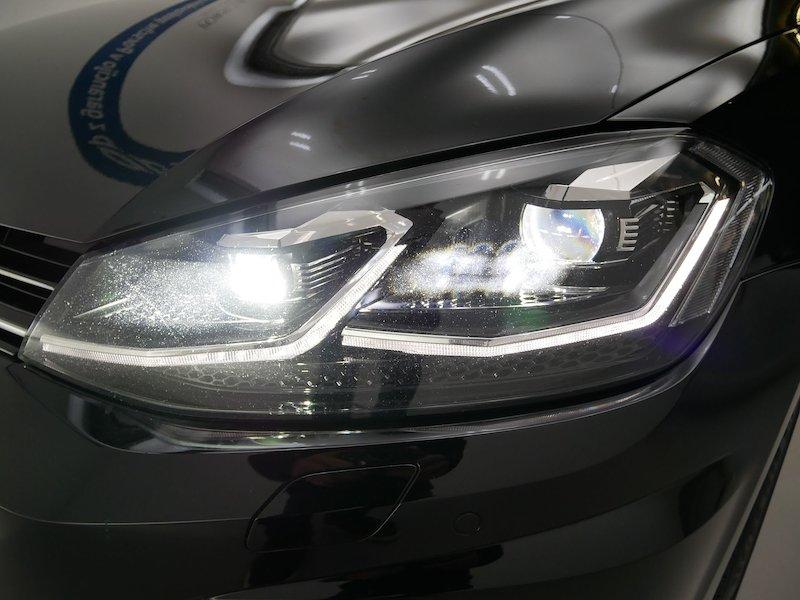 Volkswagen Golf 2.0 R 4motion BMT DSG19
