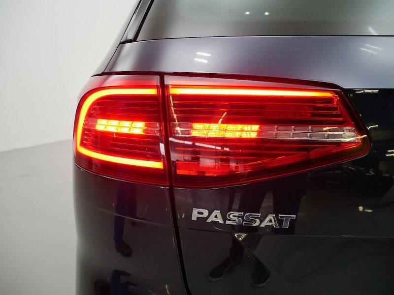 Volkswagen Passat Variant 2.0 TDI BMT Highline18