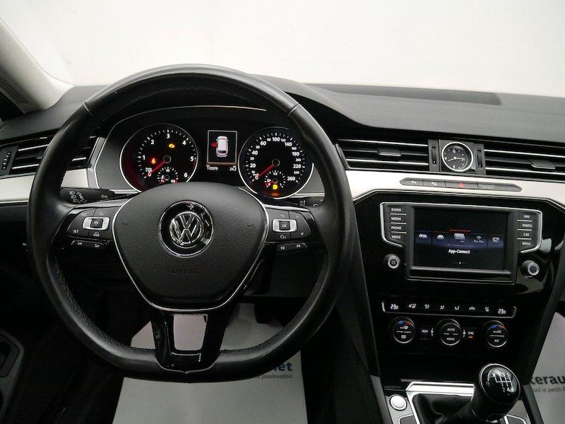 Volkswagen Passat Variant 2.0 TDI BMT Highline12
