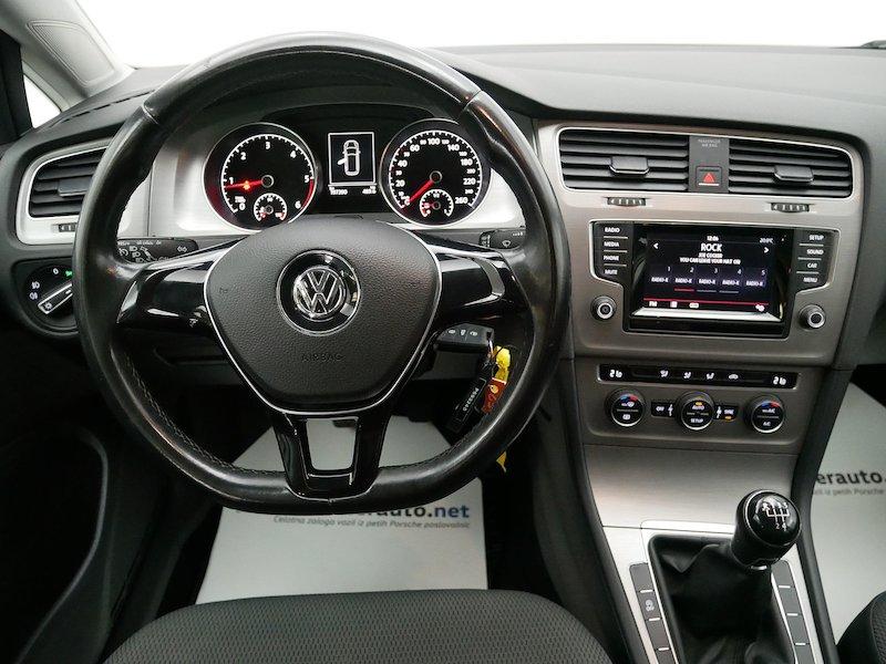 Volkswagen Golf Variant 1.6 TDI Comfortline SLOVENSKO VOZILO12