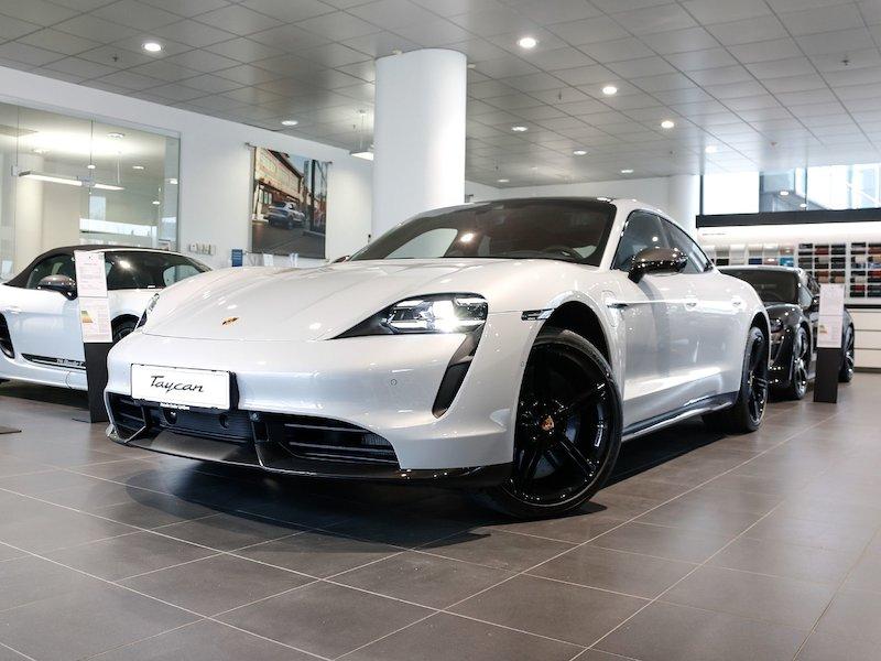 Porsche Taycan Turbo S SLOVENSKO VOZILO