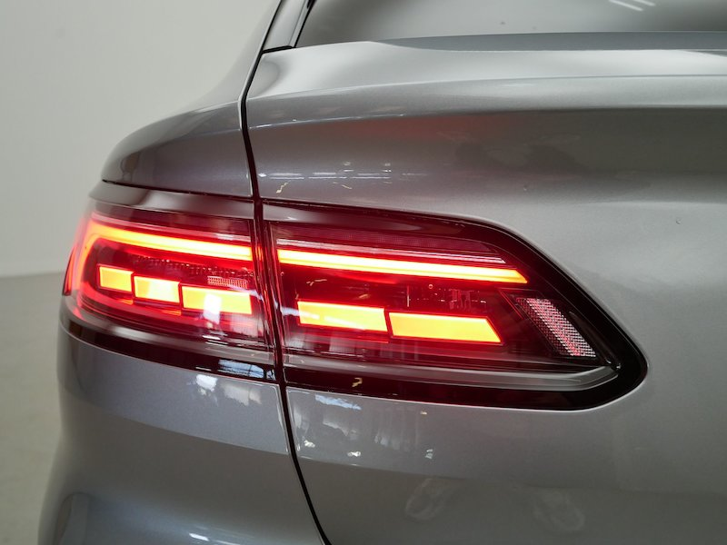 Volkswagen Arteon Shooting Brake R-Line 2.0 TDI 4M - NOVI MODEL18