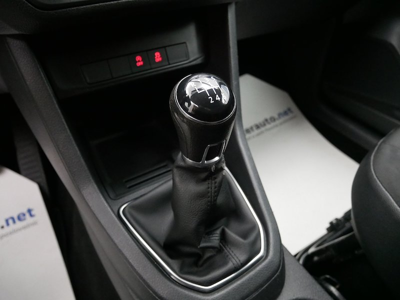 Volkswagen Caddy 2.0 TDI 4motion - SLOVENSKO VOZILO17