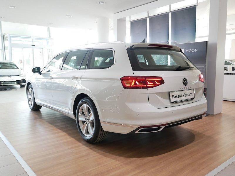 Volkswagen Passat Variant 2.0 TDI BMT SCR Elegance DSG - FACELIFT4