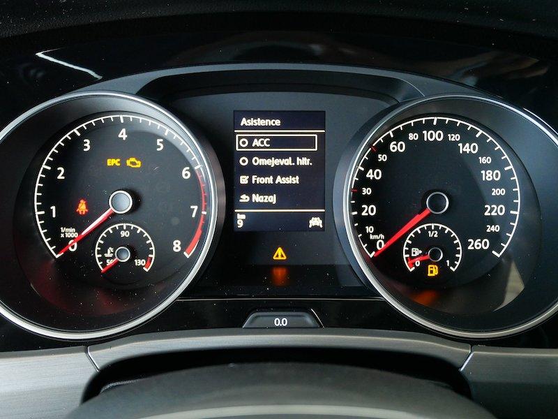 Volkswagen Touran 1.5 TSI BMT Family13