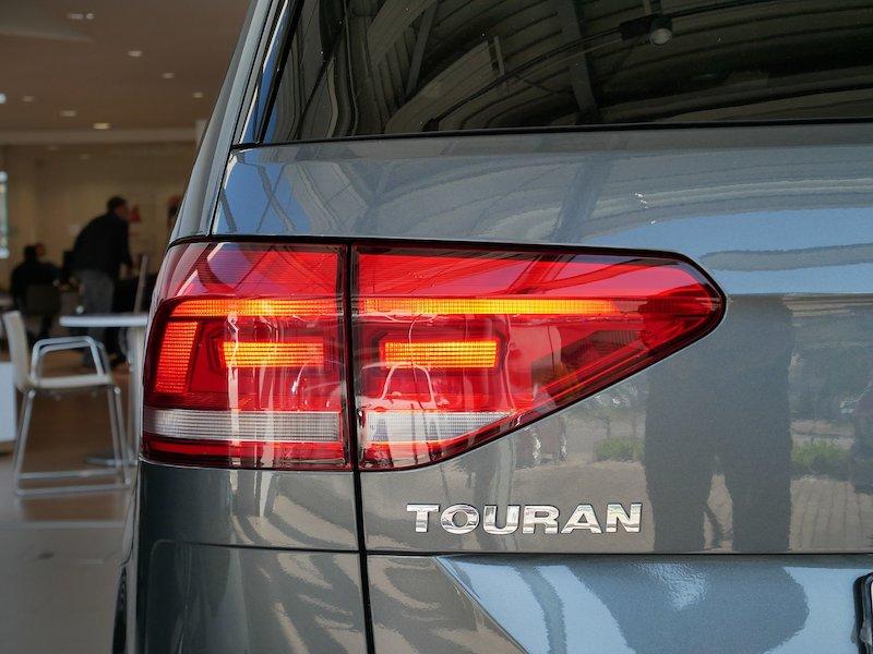 Volkswagen Touran 1.5 TSI BMT Family18