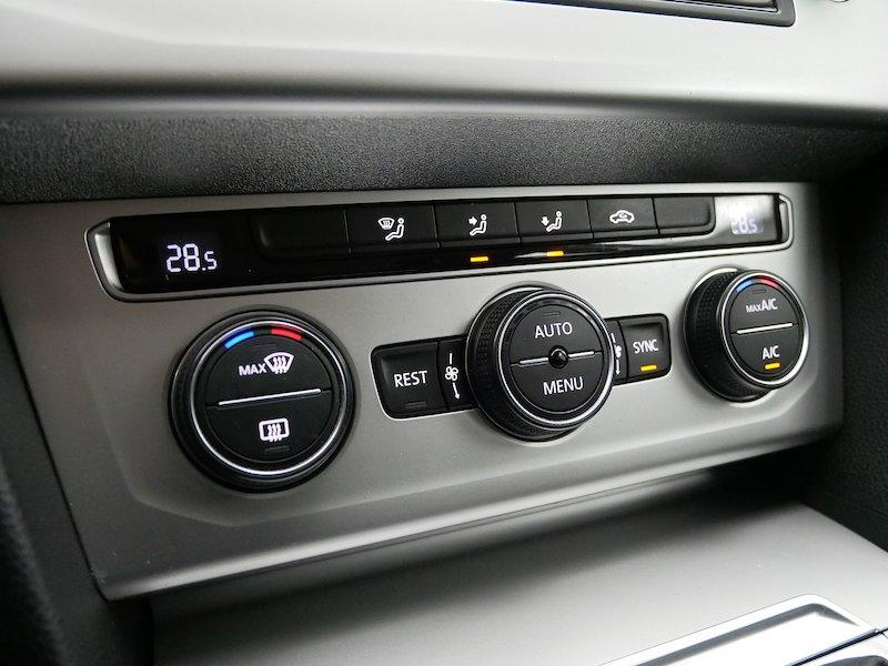 Volkswagen Passat Variant 2.0 TDI Comfortline - SLOVENSKO VOZILO20