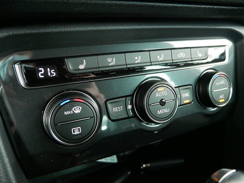 Volkswagen Tiguan 2.0 TDI BMT R-Line DSG19