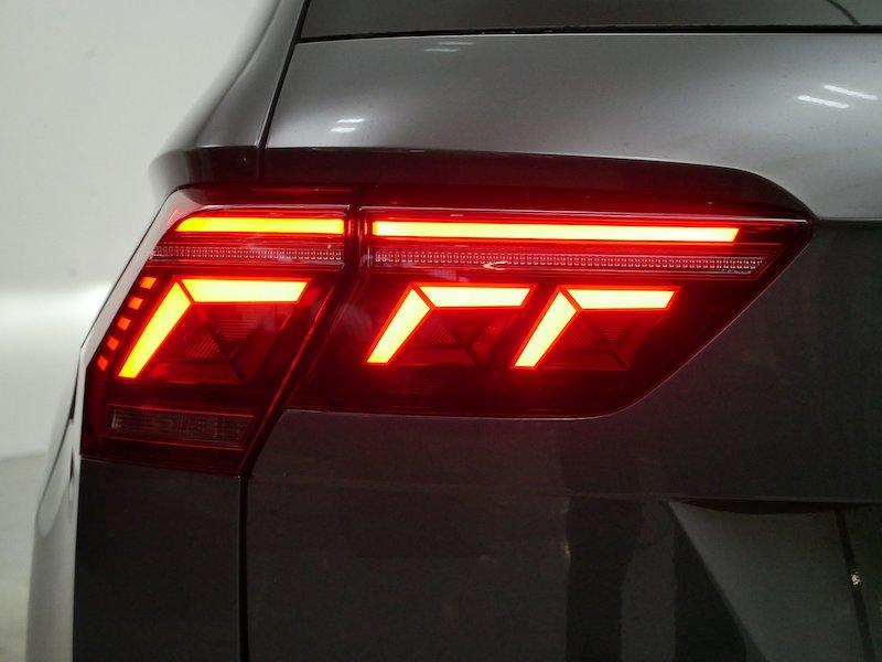 Volkswagen Tiguan 1.5 TSI Life DSG - PRENOVLJENI MODEL18