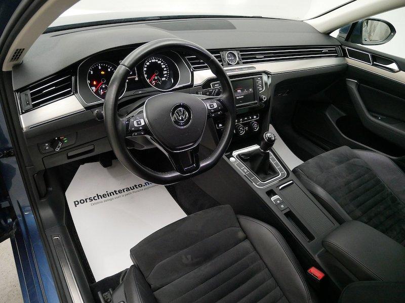 Volkswagen Passat Variant 2.0 TDI BMT Highline SLOVENSKO VOZILO9