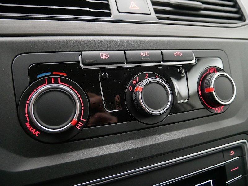Volkswagen Caddy 4 Trendline KRPAN 2.0 TDI SLOVENSKO VOZILO20