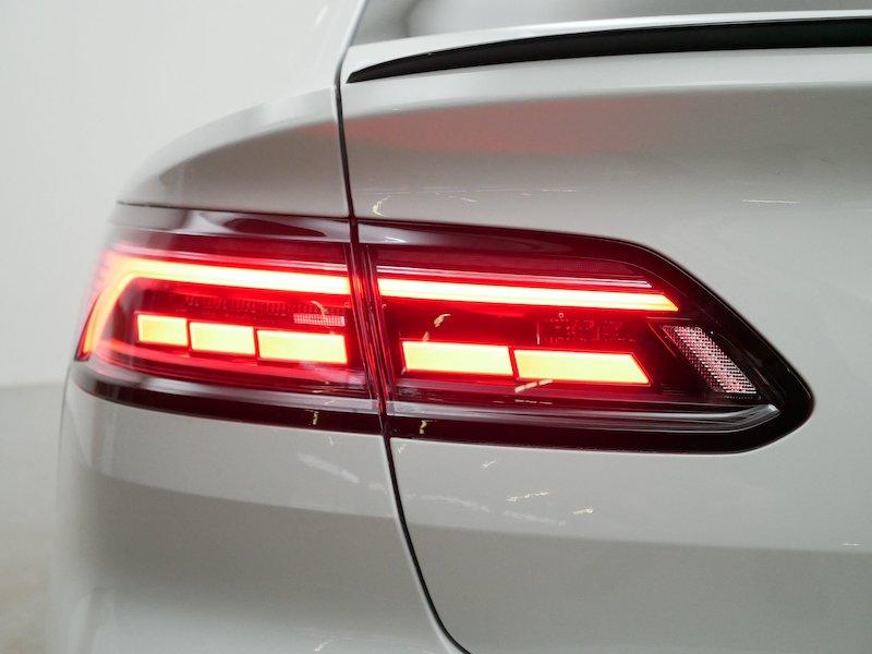 Volkswagen Arteon R-Line 2.0 TDI18