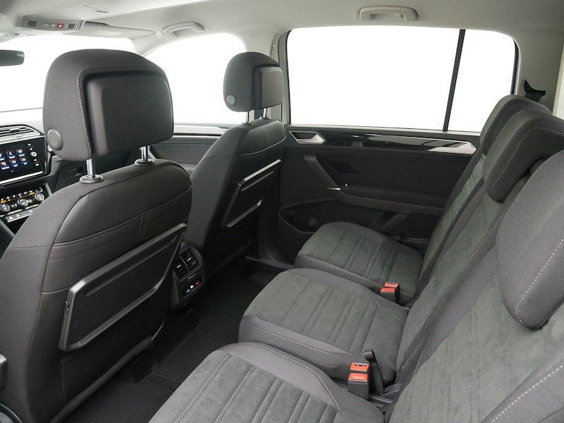 Volkswagen Touran 2.0 TDI BMT R-Line Edition DSG10