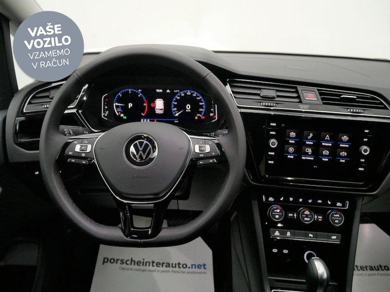 Volkswagen Touran 2.0 TDI BMT R-Line Edition DSG13