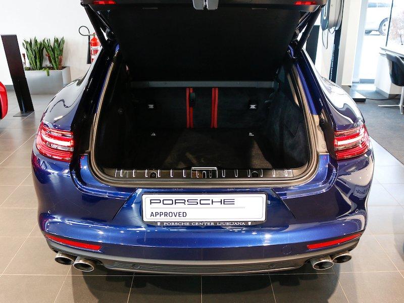 Porsche Panamera 4 E-Hybrid PDK7