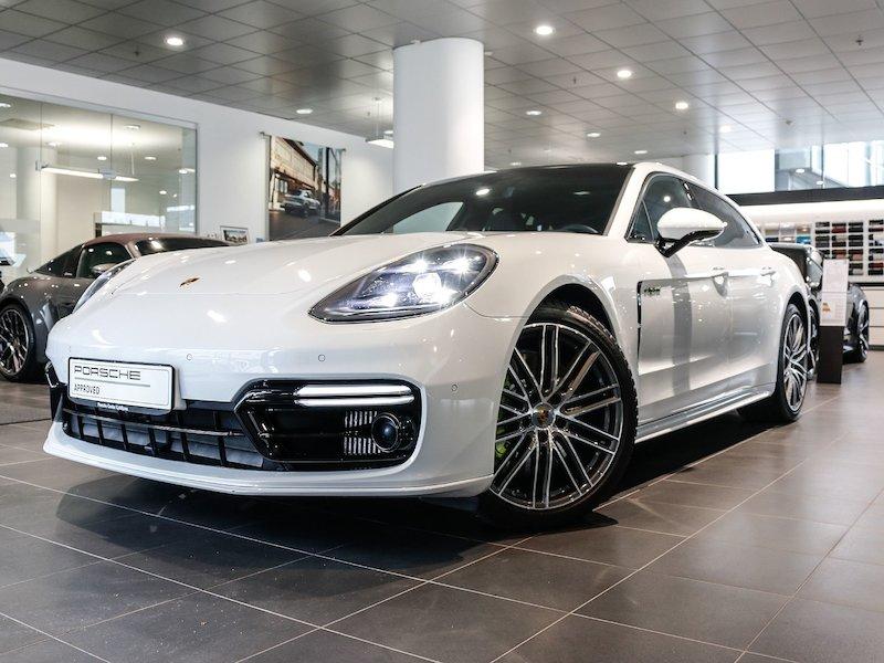 Porsche Panamera 4 E-Hybrid Sport Turismo PDK - SLOVENSKO VOZILO