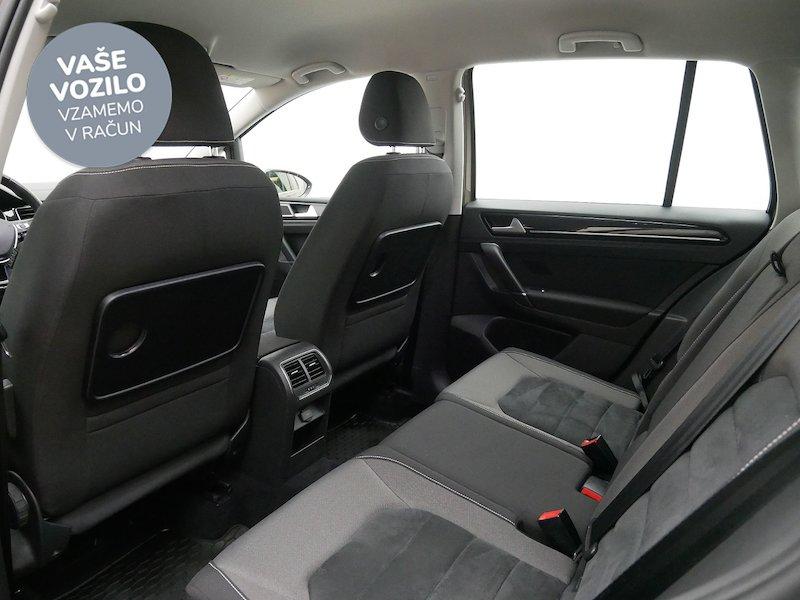 Volkswagen Golf Sportsvan 2.0 TDI Highline DSG - SLOVENSKO VOZILO12