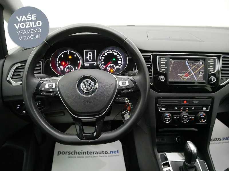 Volkswagen Golf Sportsvan 2.0 TDI Highline DSG - SLOVENSKO VOZILO14