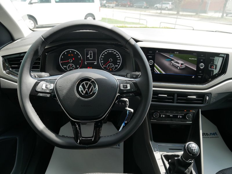 Volkswagen Polo 1.0 Life12
