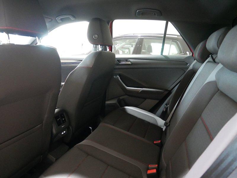 Volkswagen T-Roc 2.0 TDI BMT Sport10