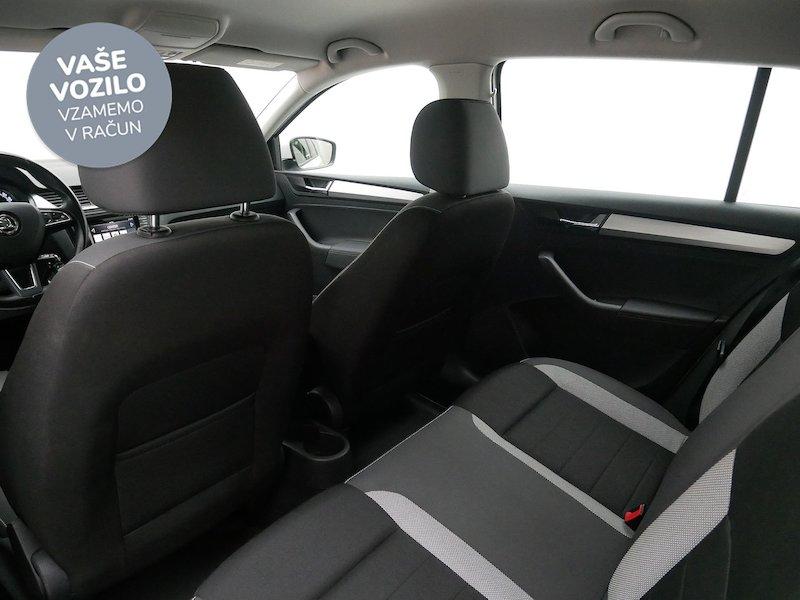 Škoda Rapid Spaceback 1.4 TDI Ambition12