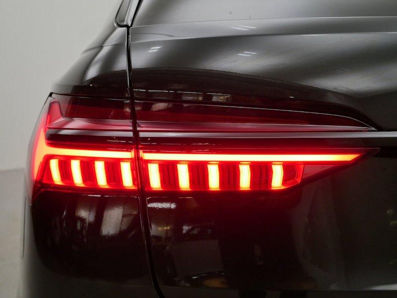 Audi A6 Avant 40 TDI Black Edition Sport S tronic18