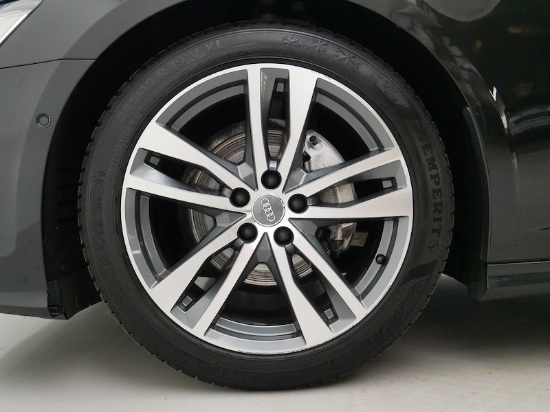 Audi A6 Avant 40 TDI Black Edition Sport S tronic7