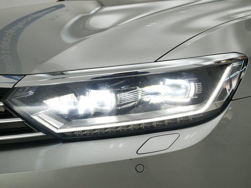Volkswagen Passat Variant 2.0 TDI BMT Comfortline - SLOVENSKO VOZILO19
