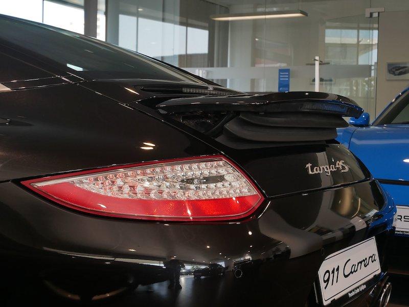 Porsche 911 Targa 4S Coupe20