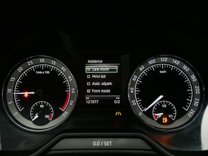 Škoda Octavia Combi 4x4 2.0 TDI Ambition15