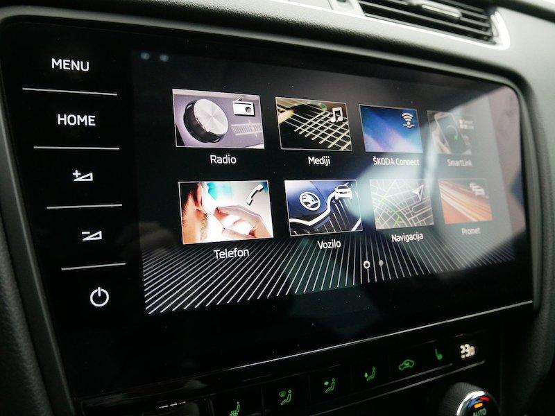 Škoda Octavia Combi 4x4 2.0 TDI Ambition17
