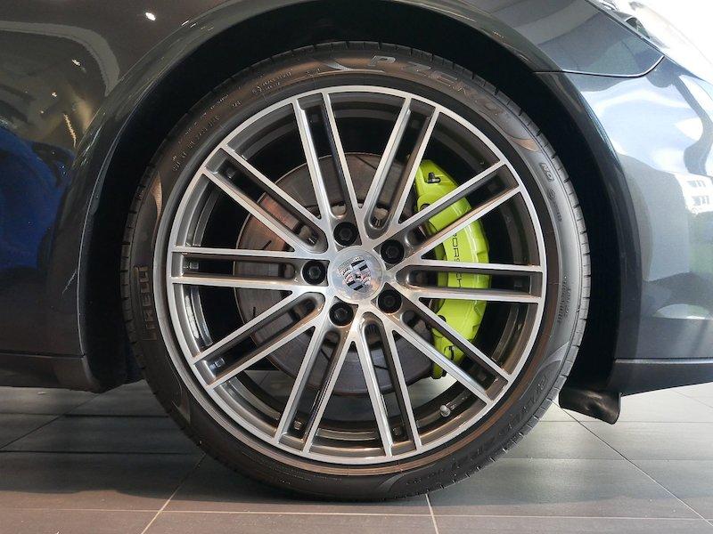 Porsche Panamera 4 E-Hybrid PDK6