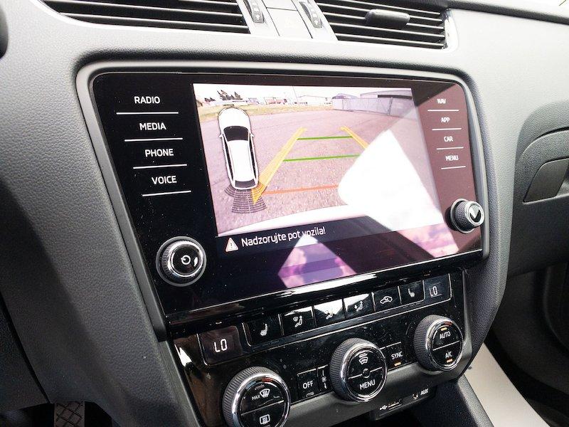 Škoda Octavia Combi 1.6 TDI Style - SLOVENSKO VOZILO17