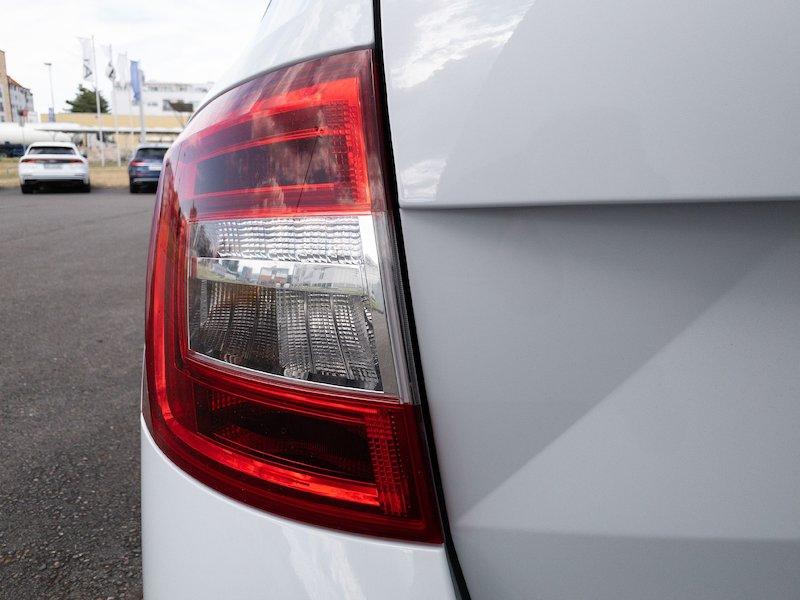 Škoda Octavia Combi 1.6 TDI Style - SLOVENSKO VOZILO18