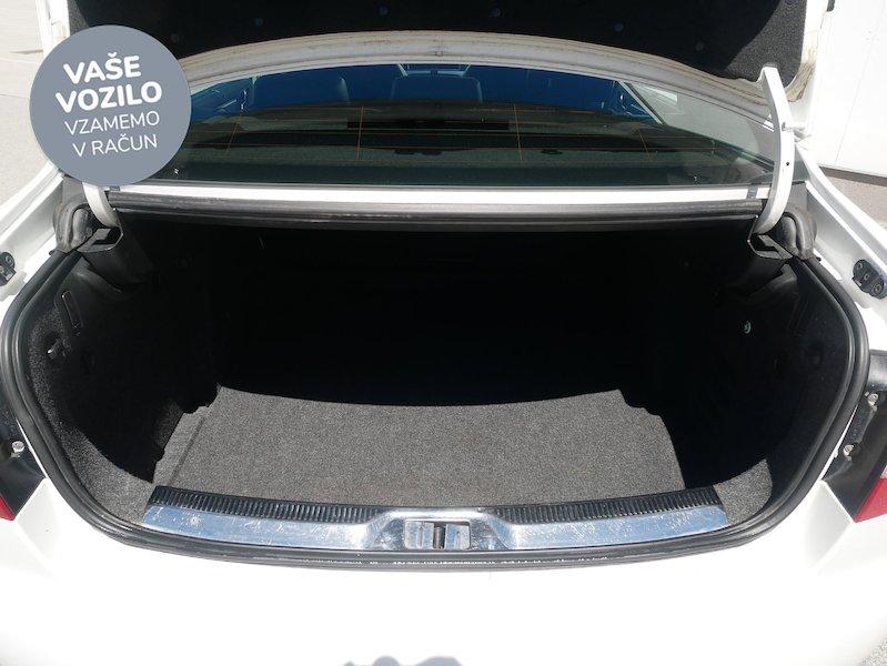 Škoda Superb 1.8 TSI Ambition DSG - SLOVENSKO VOZILO10