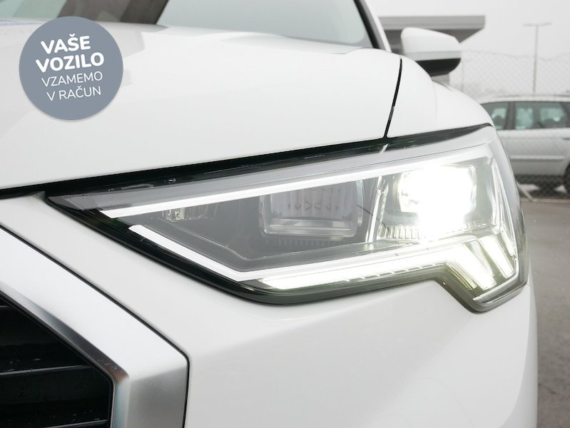 Audi Q3 35 TDI S line S tronic - SLOVENSKO VOZILO19