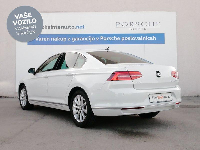 Volkswagen Passat 2.0 TDI BMT Highline - SLOVENSKO VOZILO5