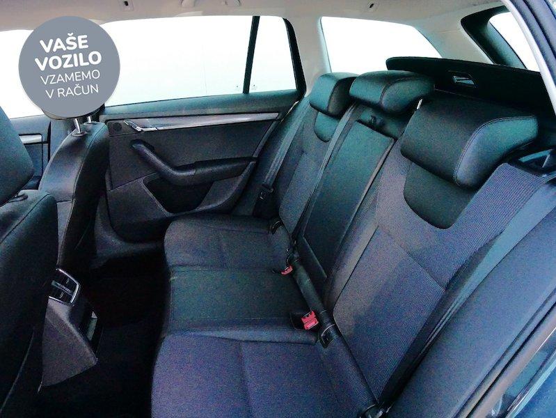 Škoda Octavia Combi 2.0 TDI Style12