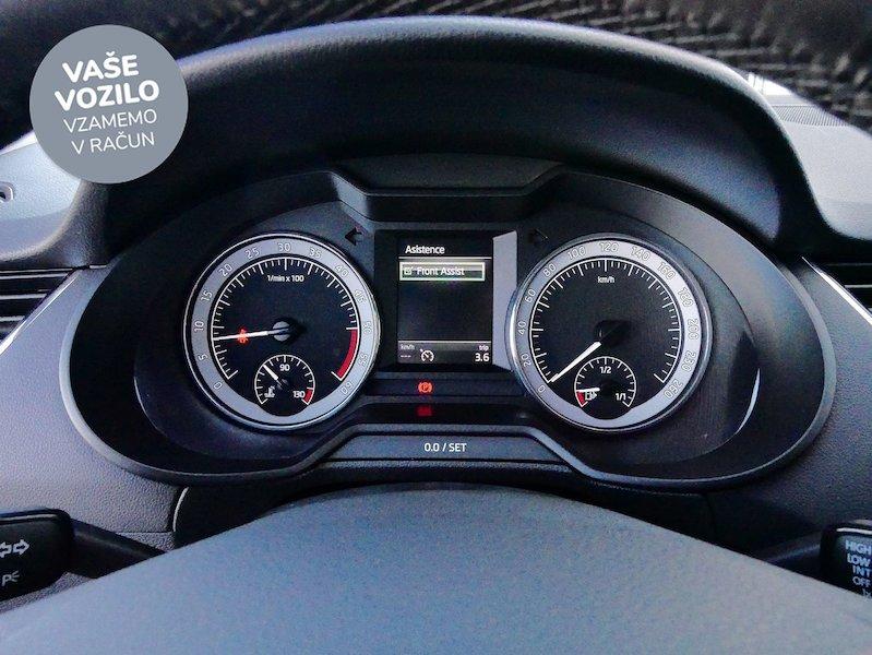 Škoda Octavia Combi 2.0 TDI Style15