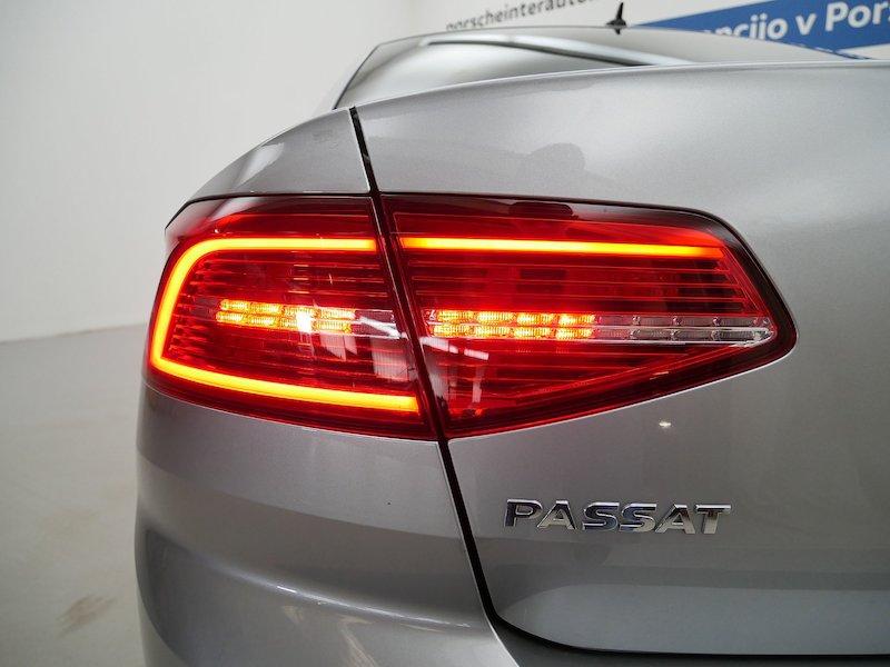 Volkswagen Passat 4motion 2.0 TDI BMT Highline DSG18