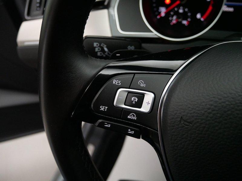 Volkswagen Passat 4motion 2.0 TDI BMT Highline DSG20